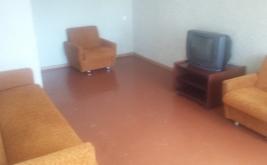 Сдам 1-комнатную квартиру после ремонта на длительный срок. Кировский